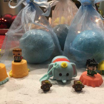 toy bath bomb